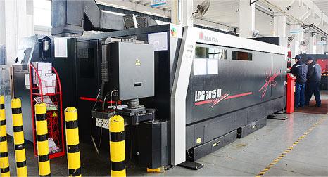 日本AMADA  LCG3015AJ  高効率的な光ファイバー切断機